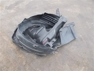 Подкрылок Toyota Isis Владивосток
