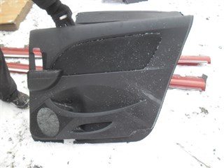 Обшивка дверей Mazda Biante Владивосток
