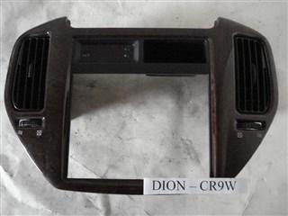 Консоль магнитофона Mitsubishi Dion Владивосток