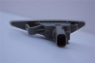Повторитель в крыло Mazda 6 Владивосток