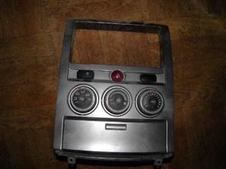 Рамка магнитофона Mitsubishi Delica D5 Владивосток