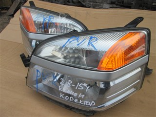 Фара Toyota Voxy Владивосток