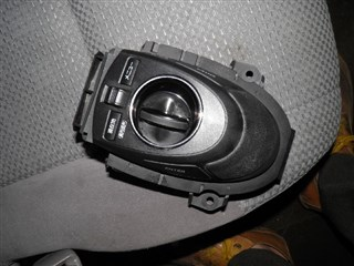 Кнопка Toyota Sai Владивосток