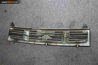 Решетка радиатора Nissan Prairie Joy Красноярск