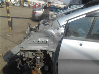 Стойка кузова средняя Honda Freed Уссурийск