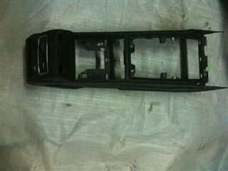 Консоль между сидений Audi Q7 Владивосток