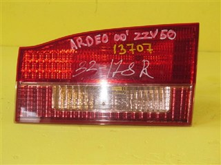 Вставка 5-й двери Toyota Vista Ardeo Владивосток