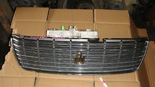 Решетка радиатора Toyota Crown Владивосток