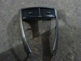 Консоль магнитофона Toyota Caldina Владивосток
