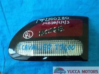 Вставка между стопов Toyota Cavalier Барнаул