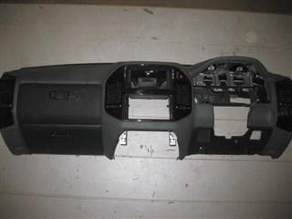 Консоль магнитофона Mitsubishi Pajero Владивосток
