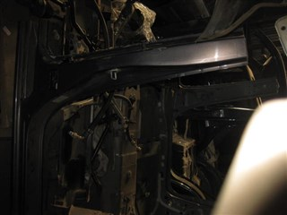 Стойка кузова средняя Mazda Premacy Владивосток