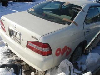 Заднее стекло Nissan Laurel Medalist Хабаровск