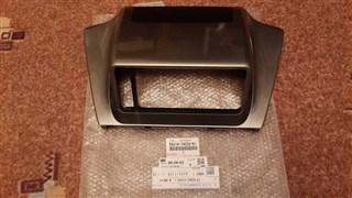 Рамка магнитофона Toyota IQ Владивосток