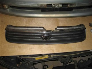 Решетка радиатора Toyota Vista Новосибирск