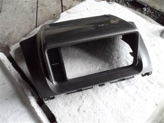 Консоль магнитофона Toyota IQ Владивосток