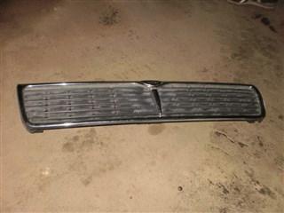 Решетка радиатора Nissan Laurel Владивосток
