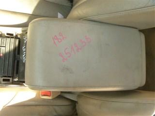 Бардачок между сиденьями Toyota Pronard Иркутск