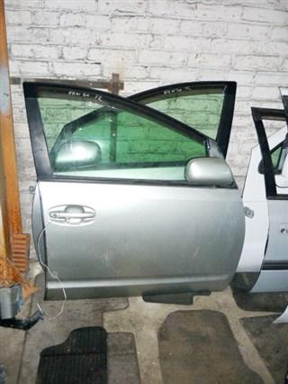 Дверь Toyota Prius Владивосток