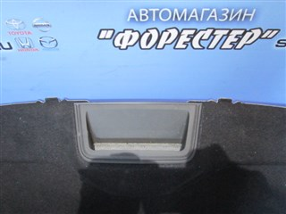 Стоп-сигнал в салоне Nissan Tiida Latio Владивосток