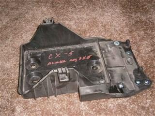 Крепление аккумулятора Mazda 5 Владивосток