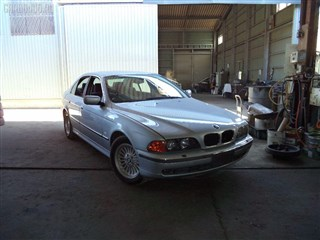 Капот BMW 5 Series Владивосток