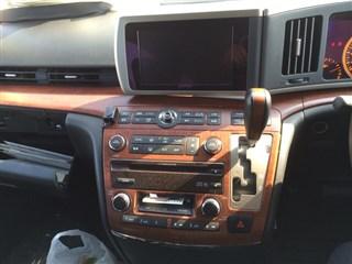 Магнитофон Nissan Elgrand Владивосток