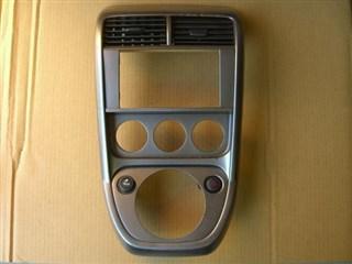 Консоль магнитофона Honda Element Хабаровск