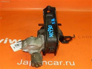 Подушка двигателя Toyota Bb Владивосток