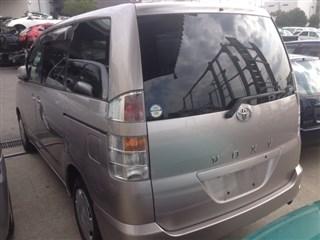 Дверь задняя Toyota Voxy Владивосток