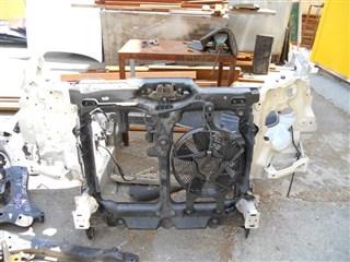 Рамка радиатора Nissan Elgrand Уссурийск