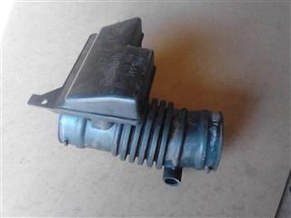 Патрубок воздушн.фильтра Mazda Xedos 9 Уссурийск