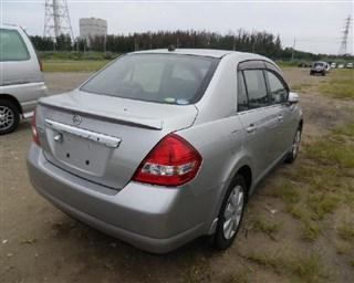 Заднее стекло Nissan Tiida Latio Владивосток