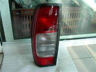 Стоп-сигнал Nissan NP300 Владивосток