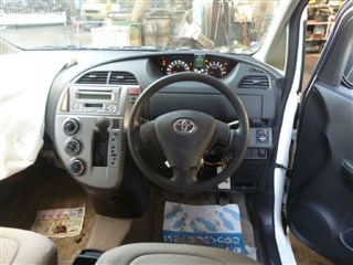Крышка бензобака Toyota Rush Владивосток