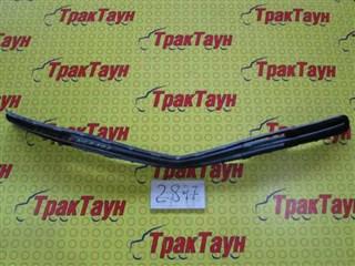 Решетка радиатора Toyota Ractis Уссурийск