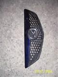 Решетка радиатора для Mazda Demio