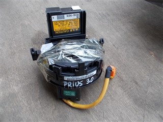 Шлейф-лента air bag Toyota Prius Владивосток