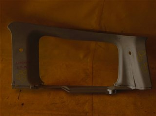 Обшивка багажника Nissan Lafesta Хабаровск